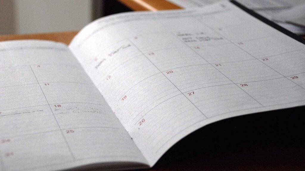 Paper Diaries vs Digital Planners and Online Calendars